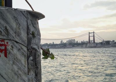 Ripiego le vele spiegate al vento - Chiara Testa